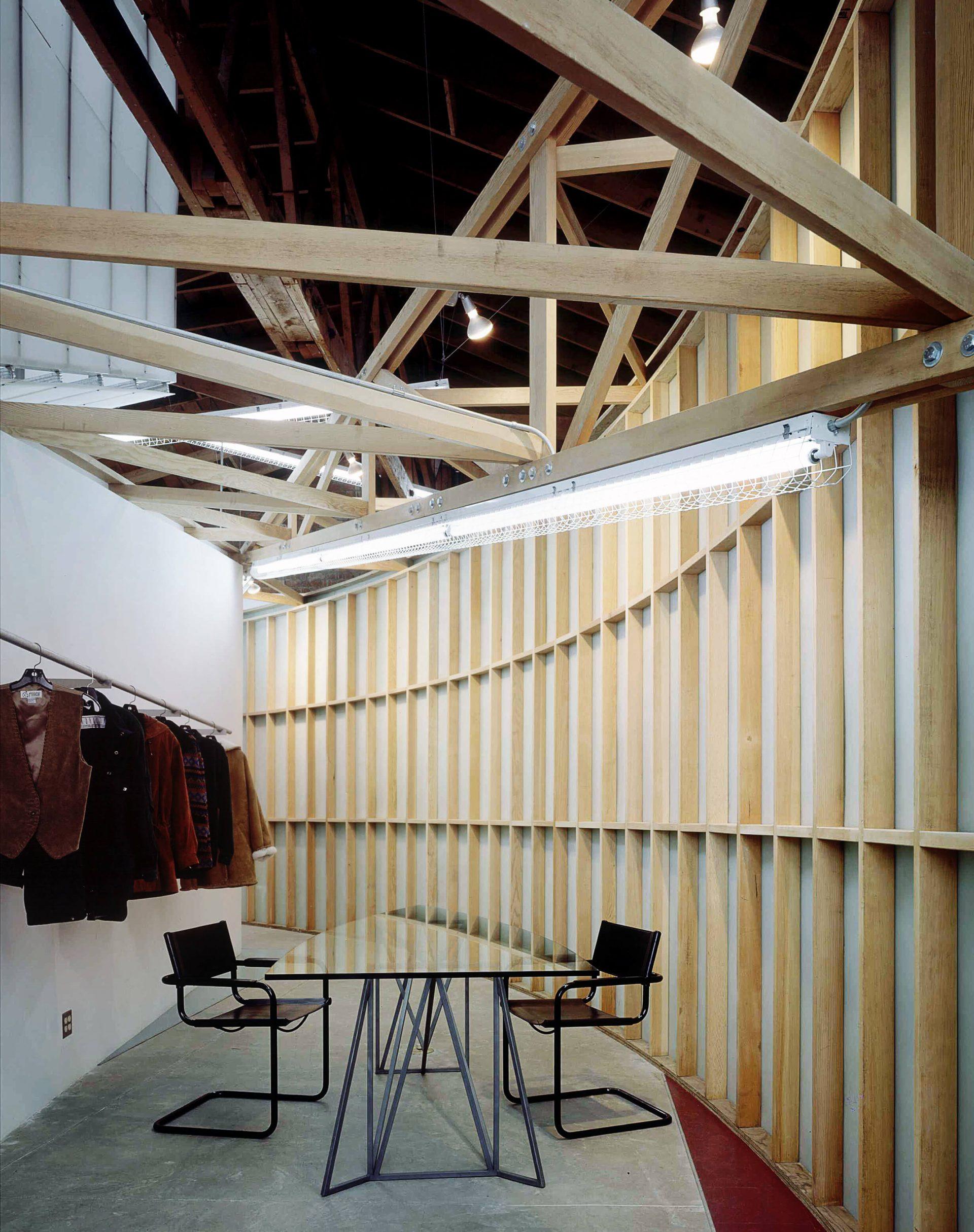 B.B. Dakota Showroom and Offices - 05